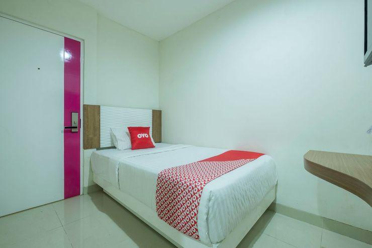 Capital O 1044 Diemdi Hotel Bandung - Bedroom