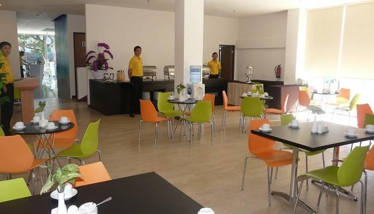 Top Hotel Manado - Restoran