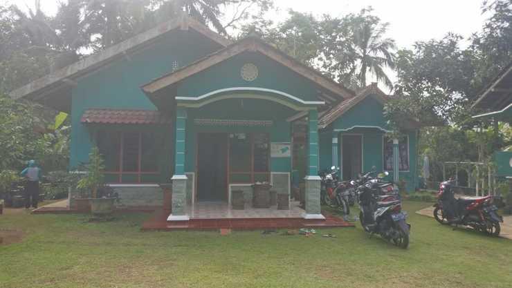 Guesthouse Sadewa Jogja - Exterior