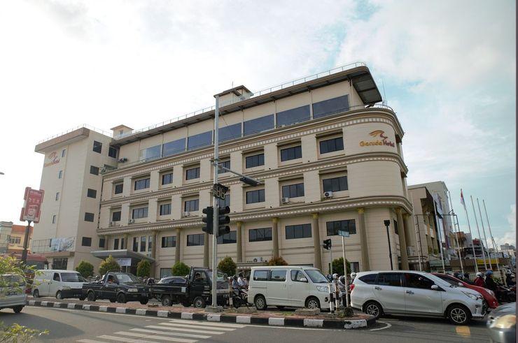 Hotel Garuda Pontianak - Exterior