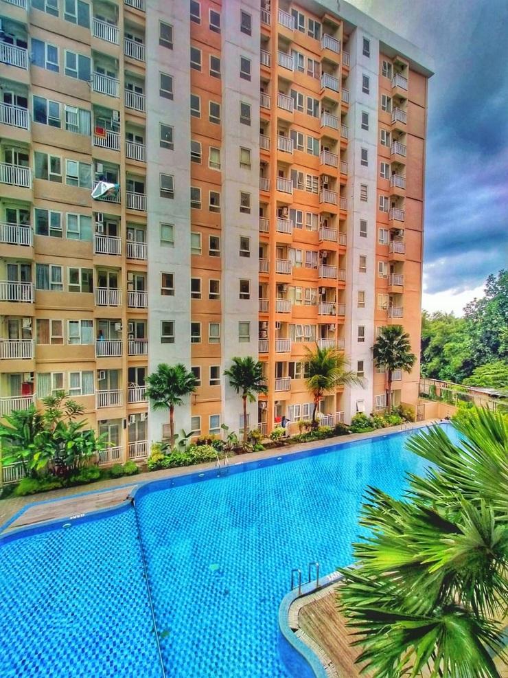 Apartemen Jowo Kluthuk at Malioboro City Yogyakarta - Pemandangan Kolam