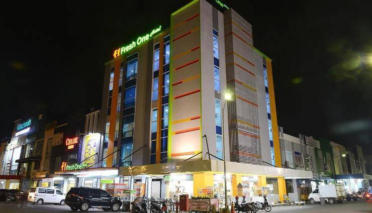 Hotel Fresh One Batam - Eksterior
