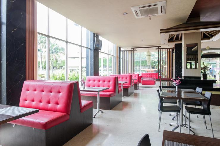 Airy Sentul Raya Jakarta KM 49.5 Bogor - Restaurant
