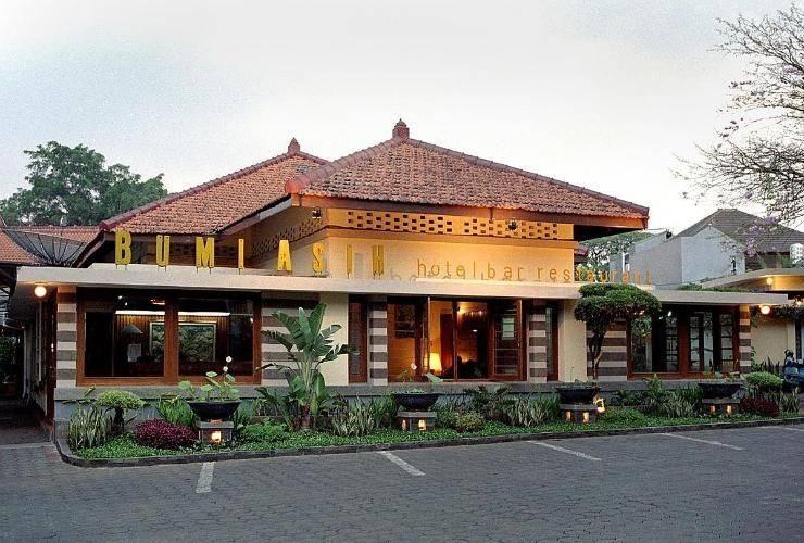 Hotel Bumi Asih Gedung Sate Bandung - Exterior