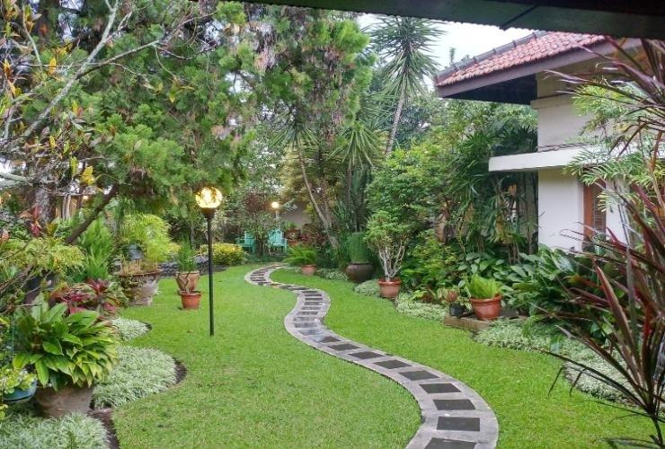 Hotel Bumi Asih Gedung Sate Bandung - Surrounding