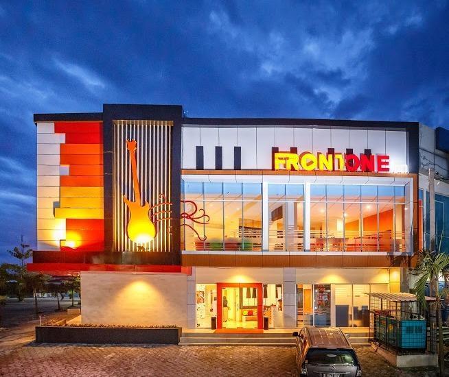 Front One Inn Muntilan Magelang - Appearance