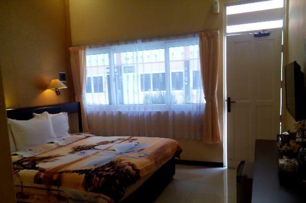 Hotel Kencana Pati - Guest Room
