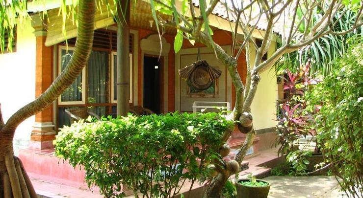 Mertha Jati Hotel & Bungalow Bali - exterior