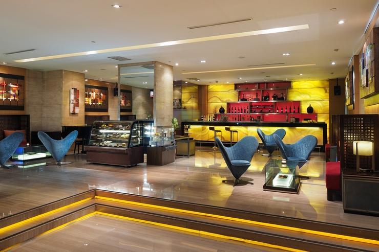 Cambridge Hotel Medan Medan - Rendezvous Lobby Lounge