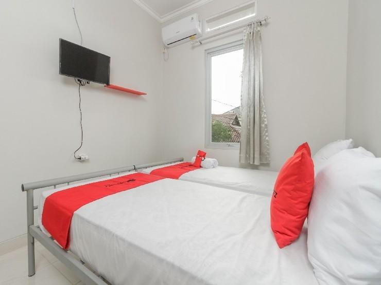 RedDoorz @ Cipete Raya Jakarta - Guestroom