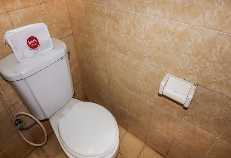 NIDA Rooms Crown Kraton Tugu Station - Kamar mandi