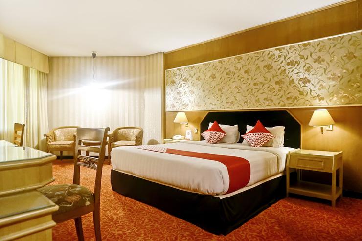 OYO 805 Hotel Dyan Graha Pekanbaru - Bedroom