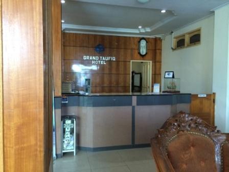 Grand Taufiq Hotel Tarakan - Lobby Hotel  Free WiFi Connection