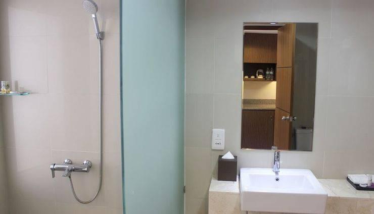Park Regis Kuta - Toilet Regis Room