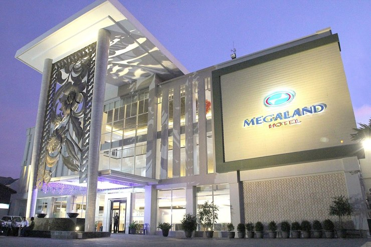 Megaland Hotel Solo - Featured Image