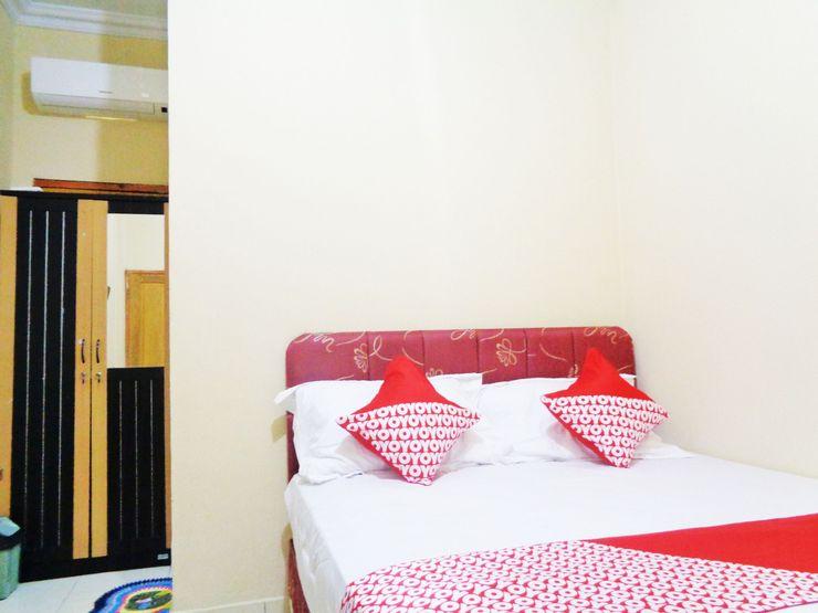 OYO 1720 A2b Residence Manado - Bedroom