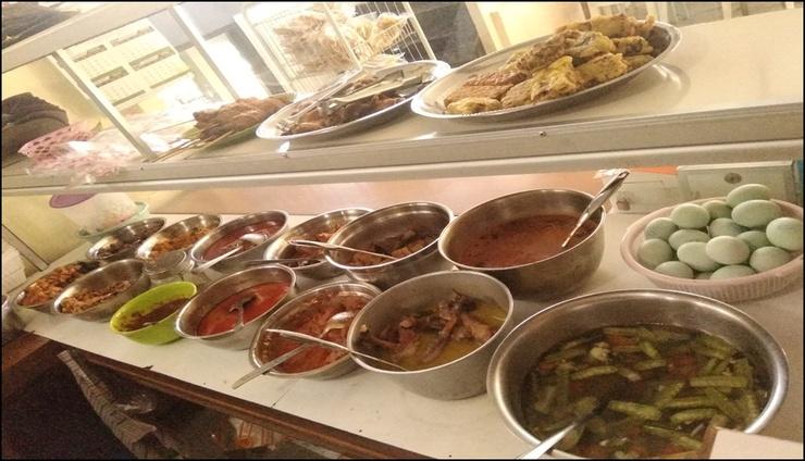 Punakawan Homestay Malang - meals