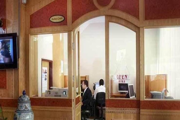 Hotel Madani Syariah Medan - Kantor
