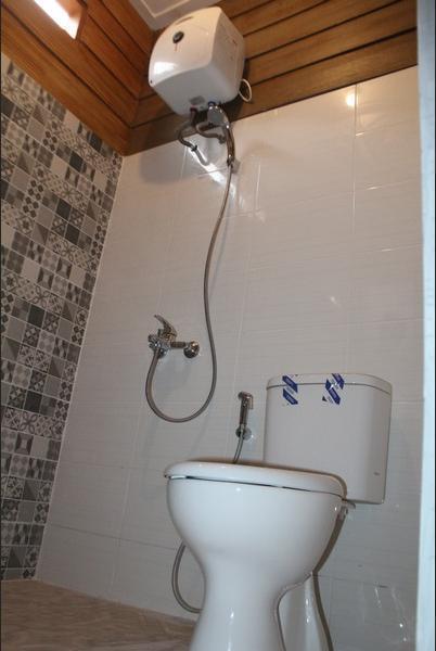 Balkondes Giritengah Magelang - Bathroom