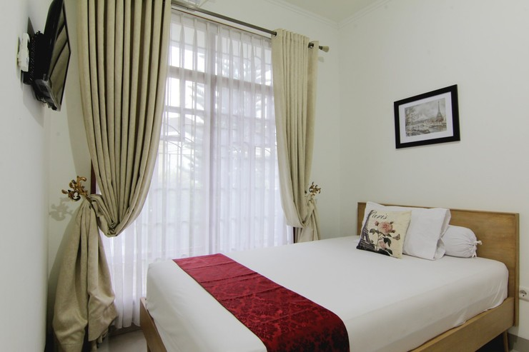 Wisma Cemara Bandung - Bedroom