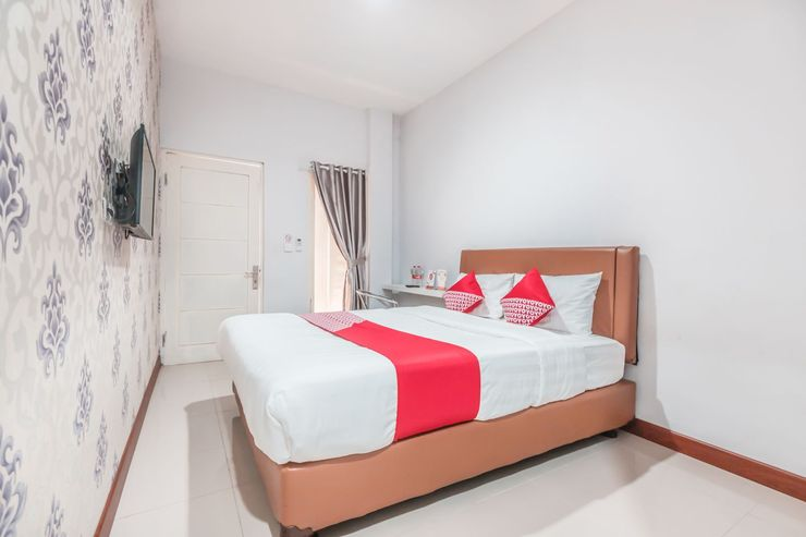 OYO 1555 Unik Guesthouse Syariah Jakarta - Bedroom