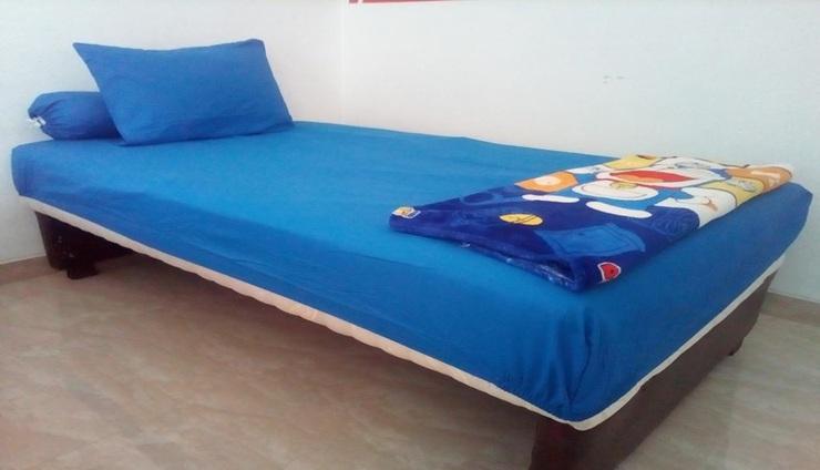Almira Homestay Jambi - Room