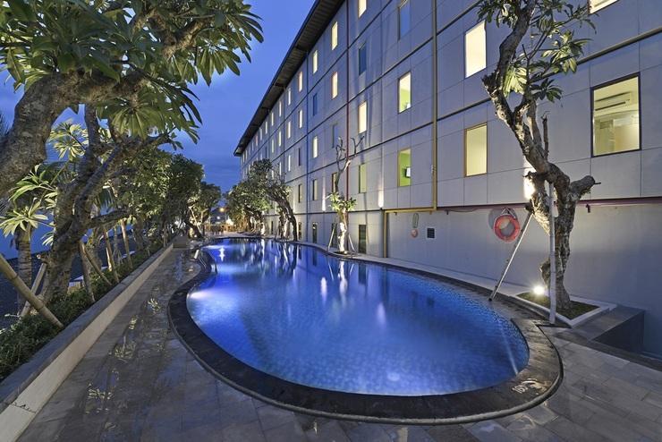Singaraja Hotel Singaraja - Pool