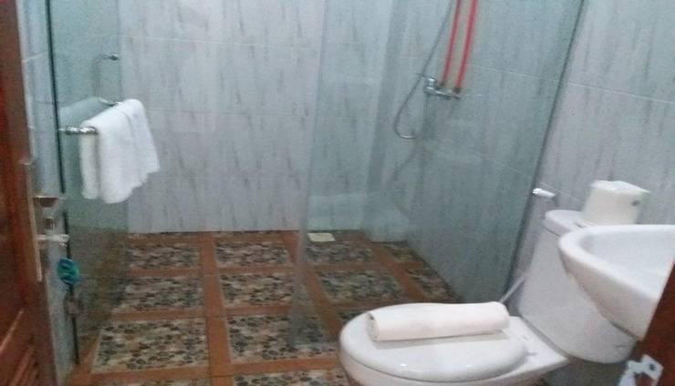 Vivaldi @ Jimbaran Bali - Bathroom