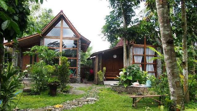 The Riverside Jogja Hotel Jogja - Romantic Cottage