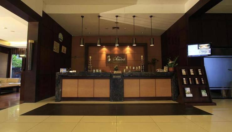 Grand Setiabudhi Bandung - Receptionist
