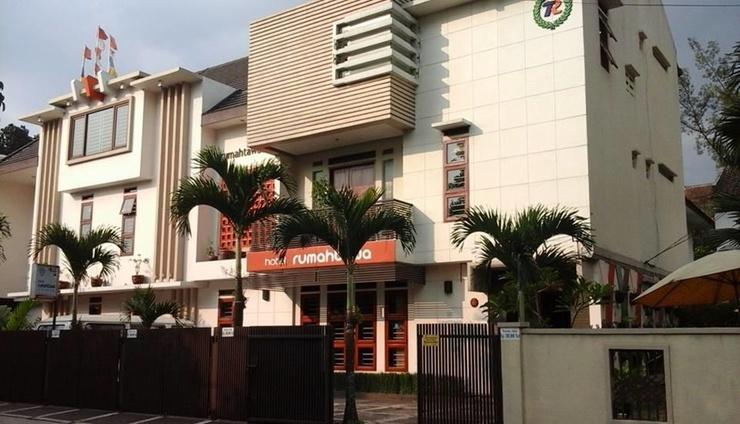 Rumah Tawa Hotel Bandung - Facade