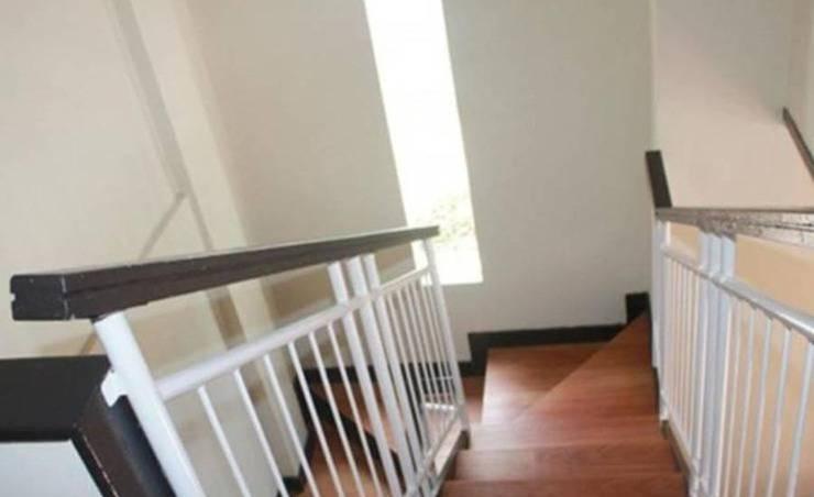 Villa Daisy Istana Bunga - Lembang Bandung Bandung - Interior