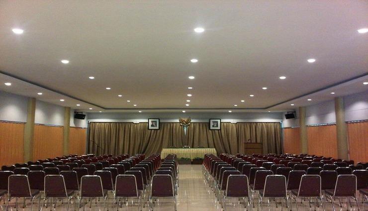 Hotel Patra Comfort Parapat Parapat - Conference Room
