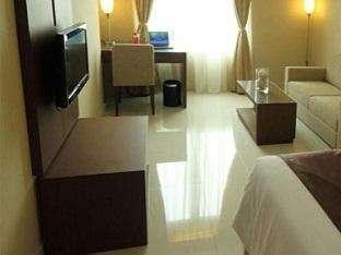 Triniti Hotel Jakarta - Kamar Deluxe