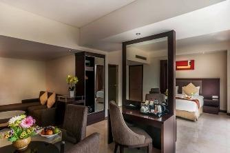 Claro Hotel Kendari - Type kamar Junior Suite