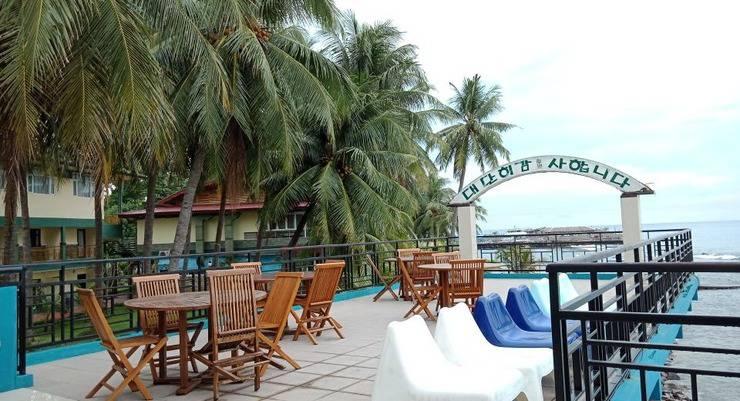 Allisa Resort Anyer - Outdoor Cafe