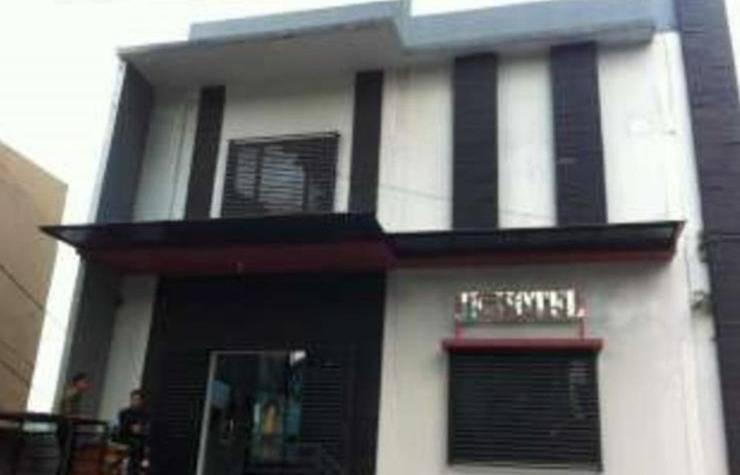 JF Hotel Bandung - pintu gerbang