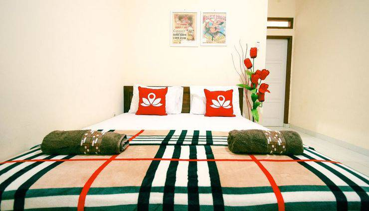 ZenRooms RSHS Syariah Bandung - Tampak tempat tidur double