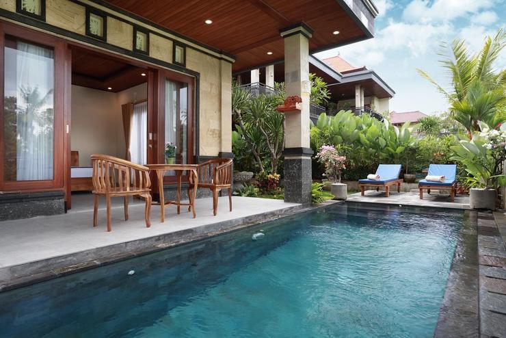 Dewi Sri Private Villa Bali - Pool
