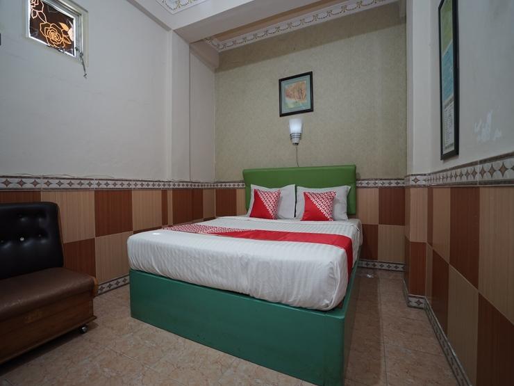 OYO 1441 Hotel Dempo Permai Lubuklinggau - Bedroom D/D