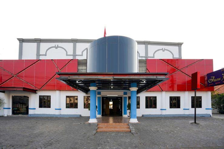 Istana Permata Dinoyo Surabaya - Exterior