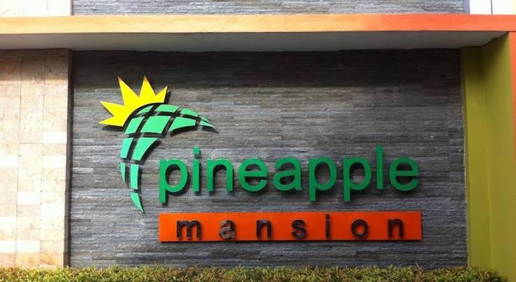 Pineapple Mansion Solo - Tampilan Luar Hotel