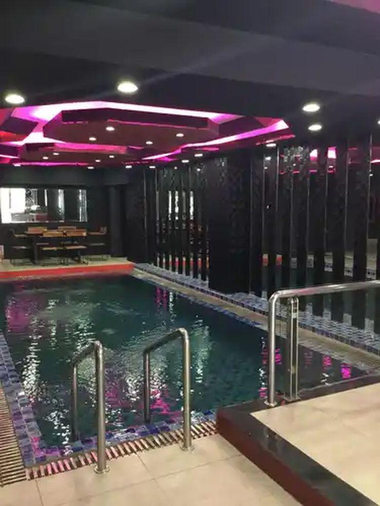 Hotel Surya Makassar - Pool