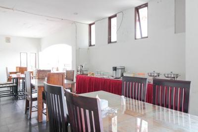 Airy Syariah Palangka Rajawali KM 2.5 Palangkaraya Palangka Raya - Restaurant