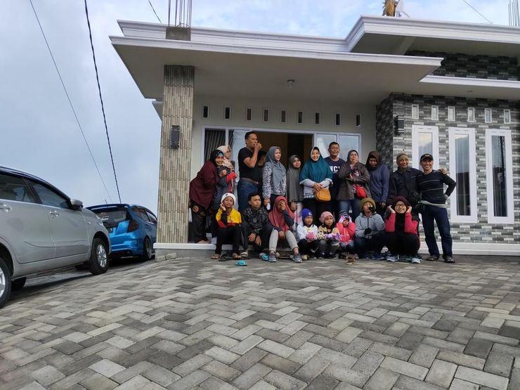Fan Homestay Probolinggo - exterior