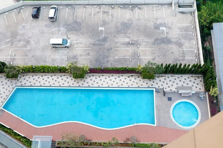 Relaxing Studio The Oasis Cikarang Apartment By Travelio Bekasi - Kolam renang