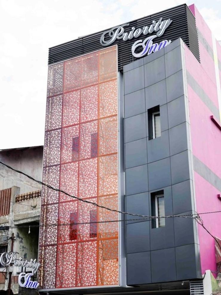 Djuragan Kamar Priority Inn Solo - Exterior