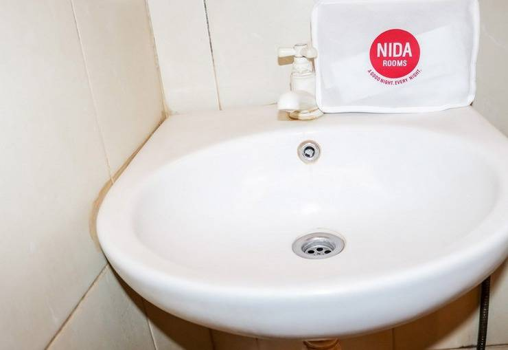 NIDA Rooms Selat Panjang 11 Medan Kota - Kamar mandi