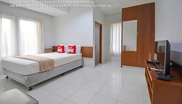 ZenRooms Puri Indah Syariah Jakarta - Kamar Tidur Dobel