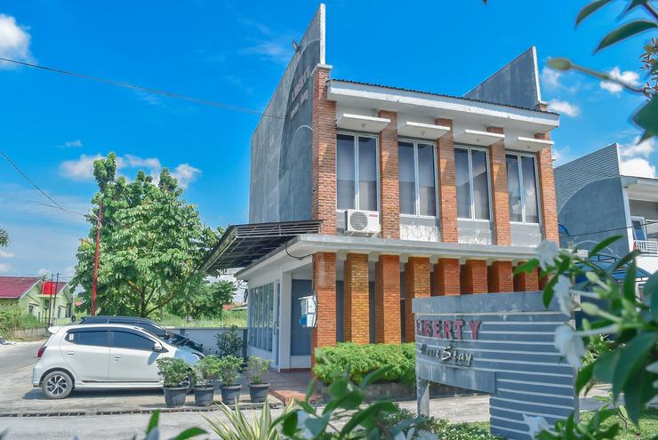Liberty Homestay Pekanbaru - Entrance